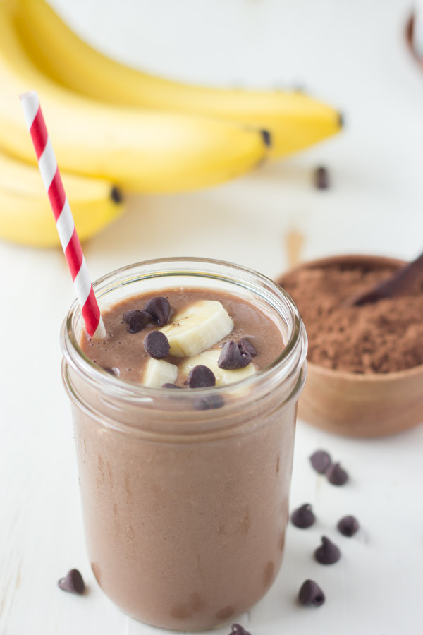 Chocolate-Banana-Smoothie-Made-With-Silk-Cashewmilk-1-1