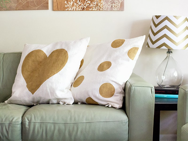 gold-stenciled-pillows-6