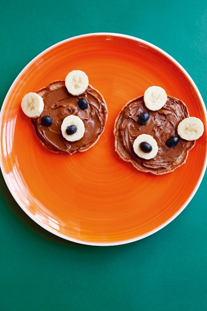 banana-oat-pancake-23june16-minivogue_426x639